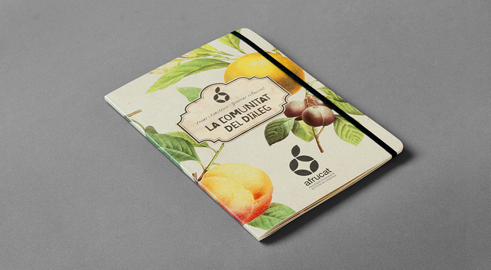 afrucat_brochure_graphic_design_corporate_brand_illustration_moleskine_cover_page_fruits