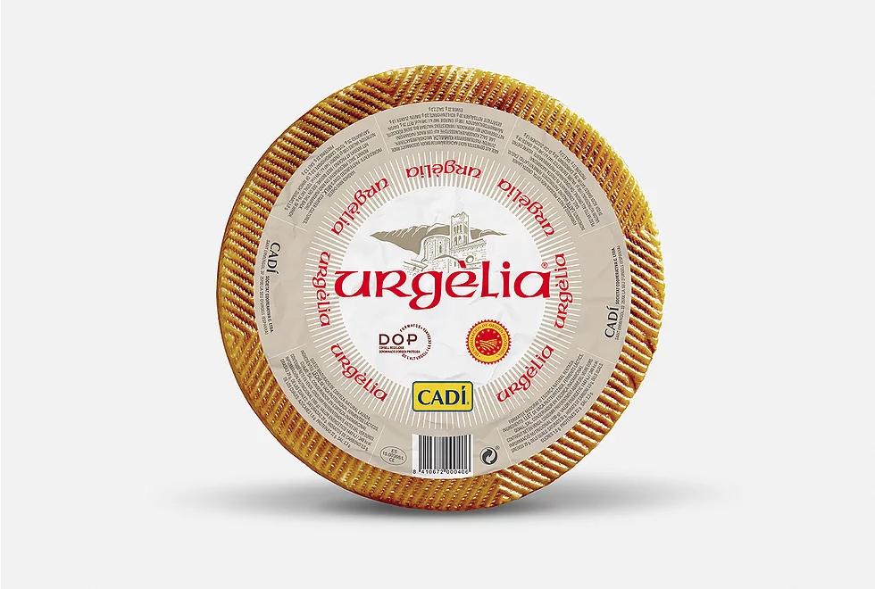 cadi_urgelia_cheese_branding_packaging_graphic_design_label