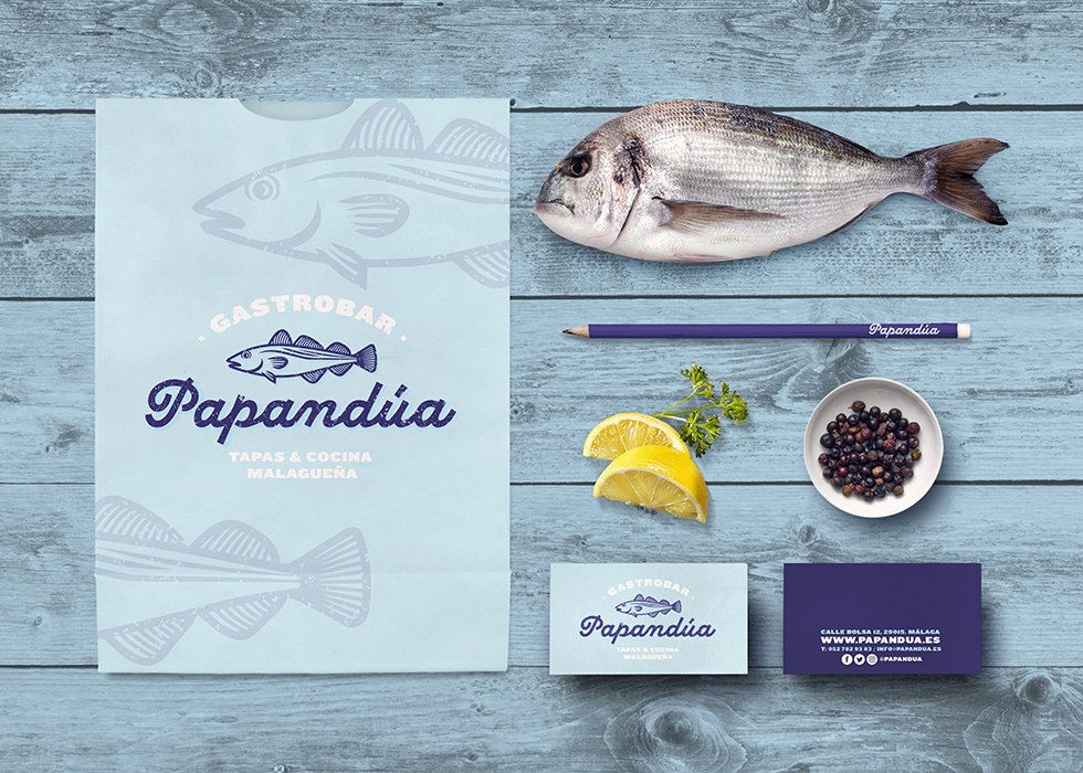 papandua_branding_graphic_design_restaurant_fish_stationery